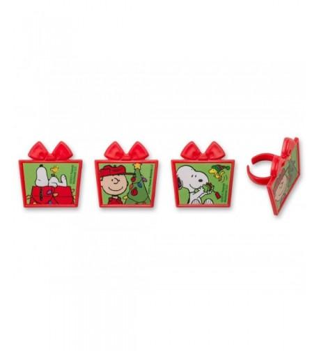 DecoPac Peanuts Christmas Presents Cupcake